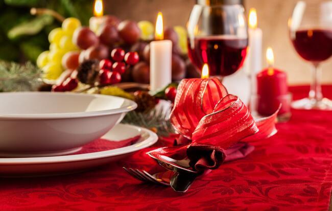 Apparecchiare la tavola di natale - Preparazione tavola di natale ...
